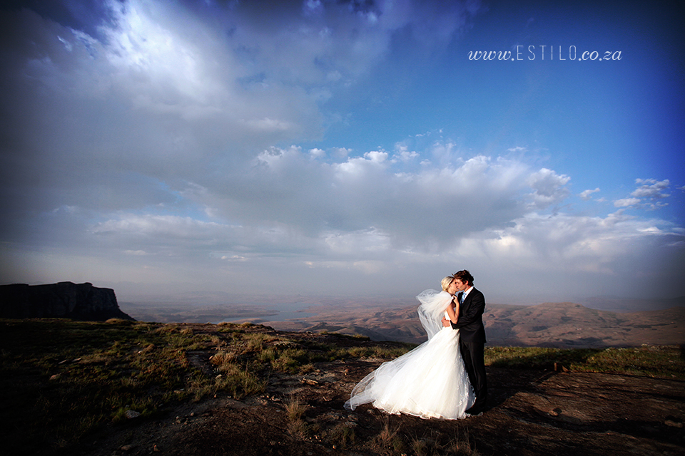 cathedral_peak_wedding_photography_wedding_at_catherdral_peak_south_africa_best_wedding_photographers_south_africa (28).jpg