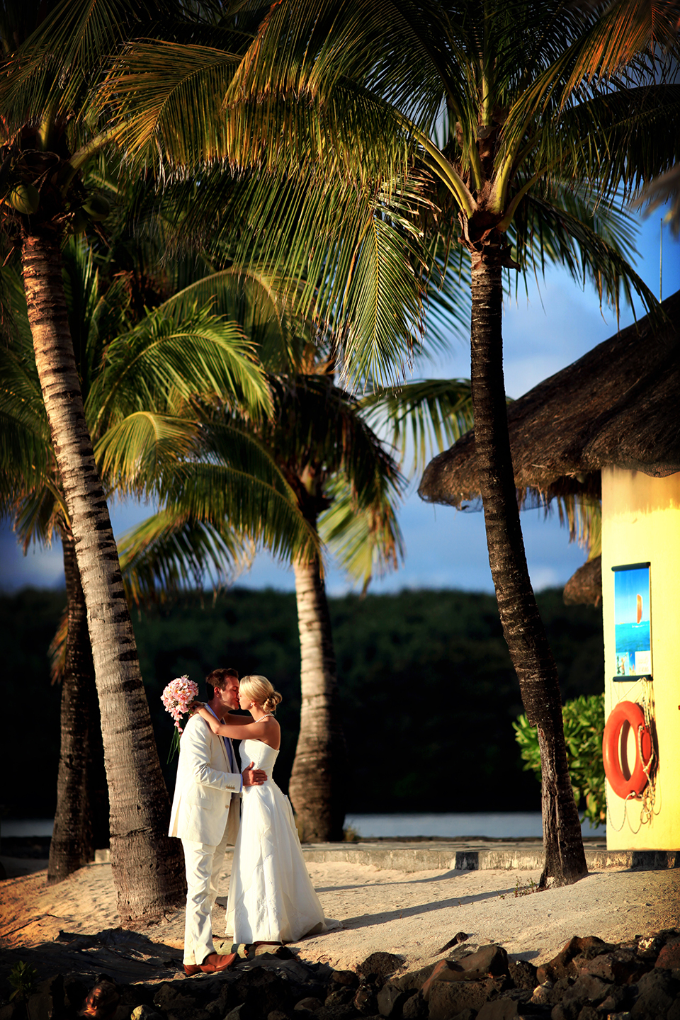 Mauritius_wedding_photographers_beachcomber_destination_wedding_Photography (133).jpg