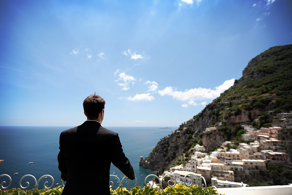 positano-weddin-photographers-italy-wedding-photographers-destination-wedding-photographers-estilo-best-wedding-photographers-in-the-world-casper-bosman-wedding-gown-wedding-style-stylish-modern-wedding-photography-021.jpg
