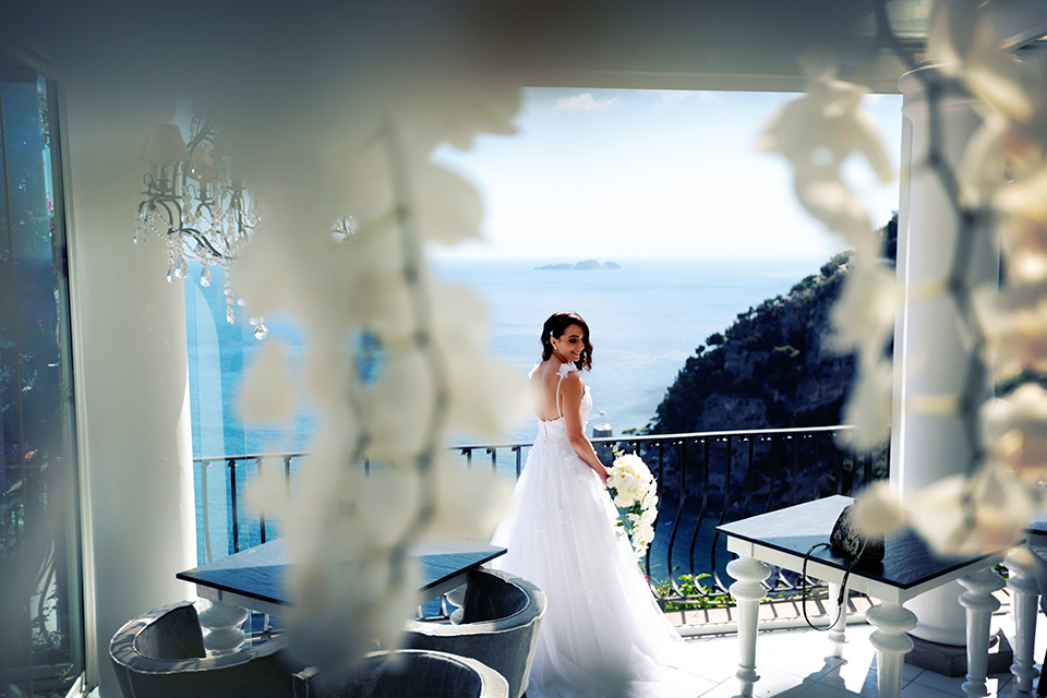 positano-weddin-photographers-italy-wedding-photographers-destination-wedding-photographers-estilo-best-wedding-photographers-in-the-world-casper-bosman-wedding-gown-wedding-style-stylish-modern-wedding-photography-025.jpg