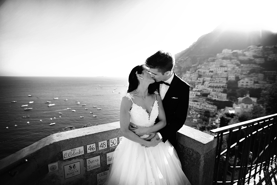 positano-weddin-photographers-italy-wedding-photographers-destination-wedding-photographers-estilo-best-wedding-photographers-in-the-world-casper-bosman-wedding-gown-wedding-style-stylish-modern-wedding-photography-047.jpg