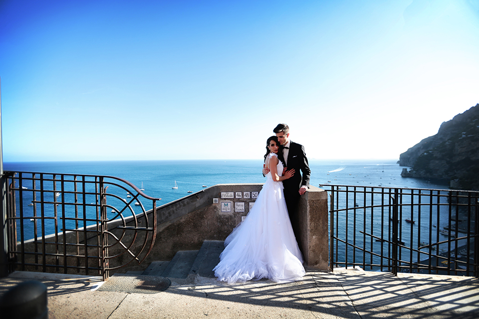 positano-weddin-photographers-italy-wedding-photographers-destination-wedding-photographers-estilo-best-wedding-photographers-in-the-world-casper-bosman-wedding-gown-wedding-style-stylish-modern-wedding-photography-054.jpg