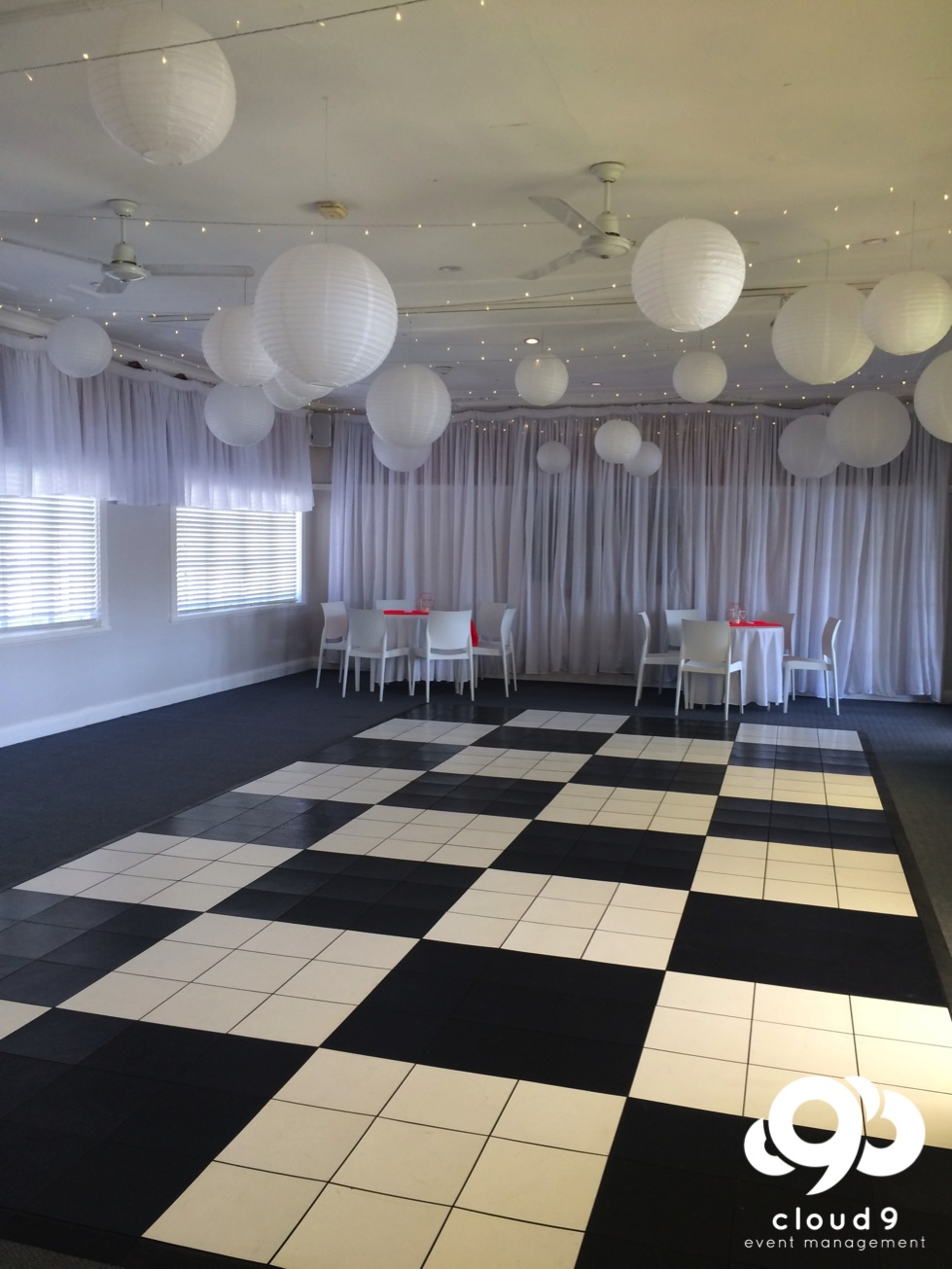 Black & White Check Dance Floor - wedding reception styling