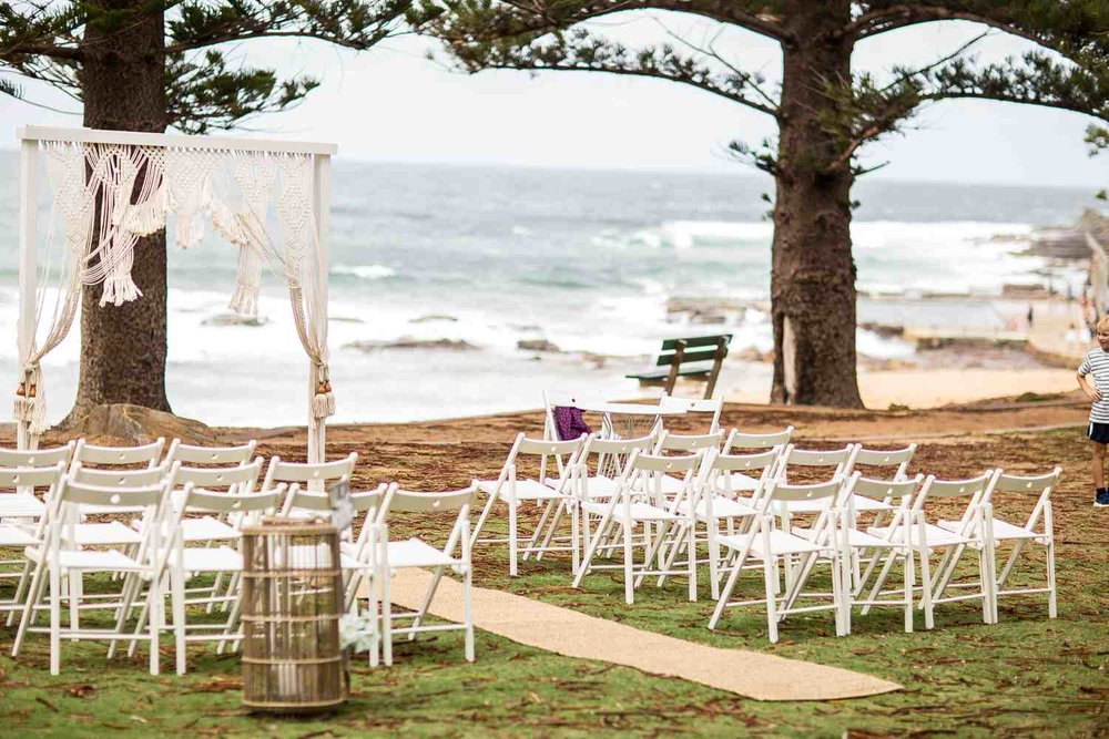 Wedding_Ceremony_Avalon_Beach_Styling.jpg