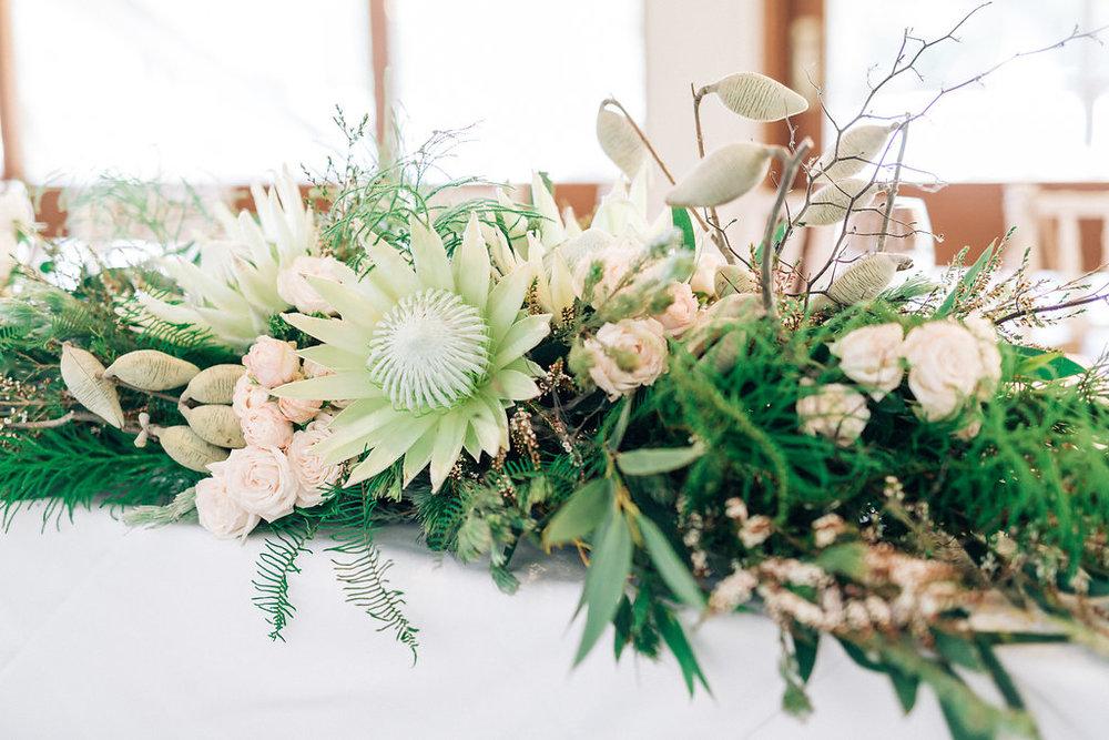 Bridal Table Native Florals