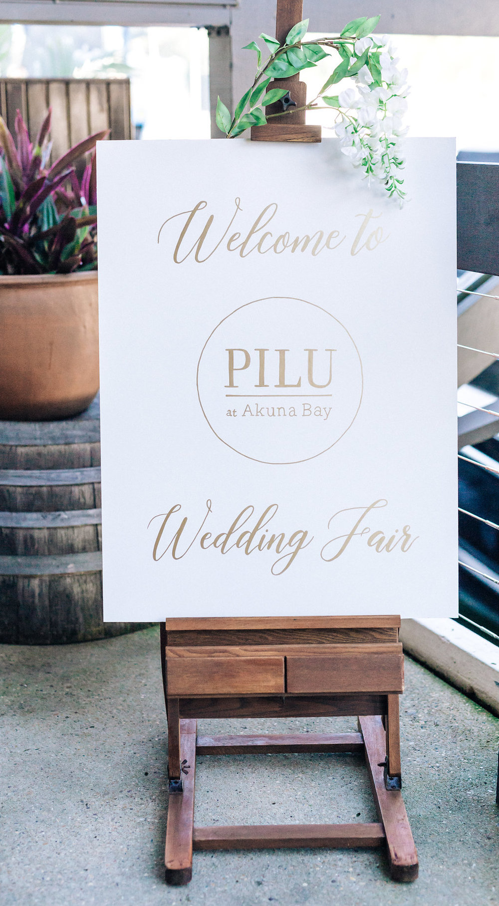 Akua-Bay-Wedding-Easel-Welcome-Sign-Northern-Beaches.jpg