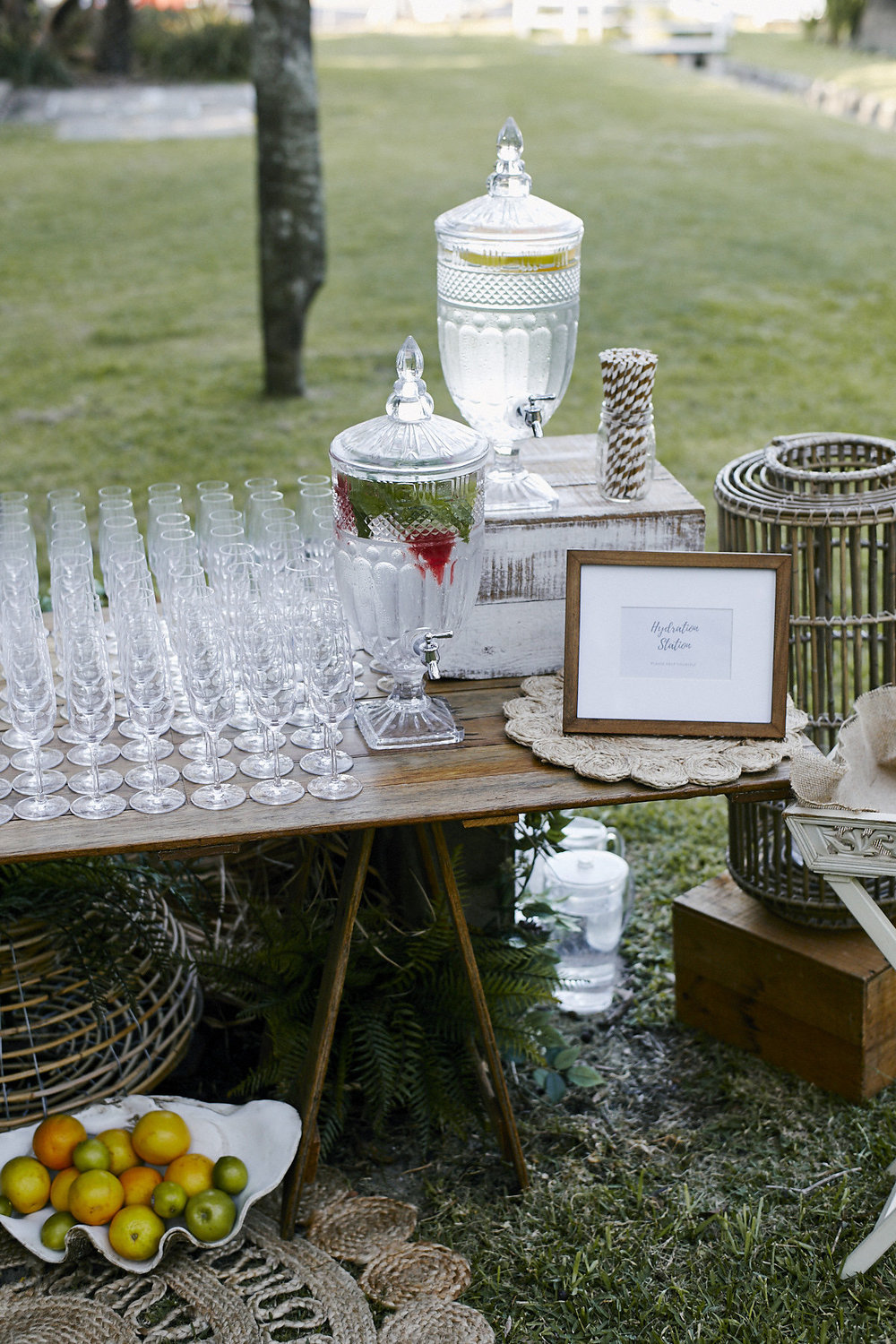 Drink_Station_Wedding_Ceremony_Styling.jpg