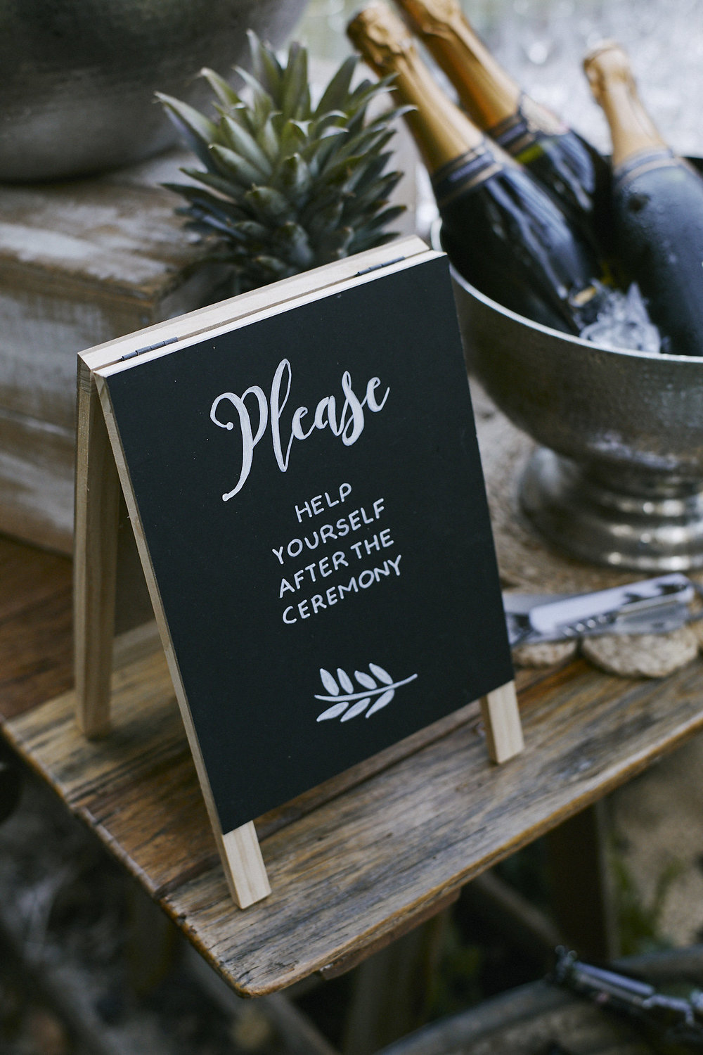 Wedding_Sign_Hire_Props_Palm_Beach.jpg