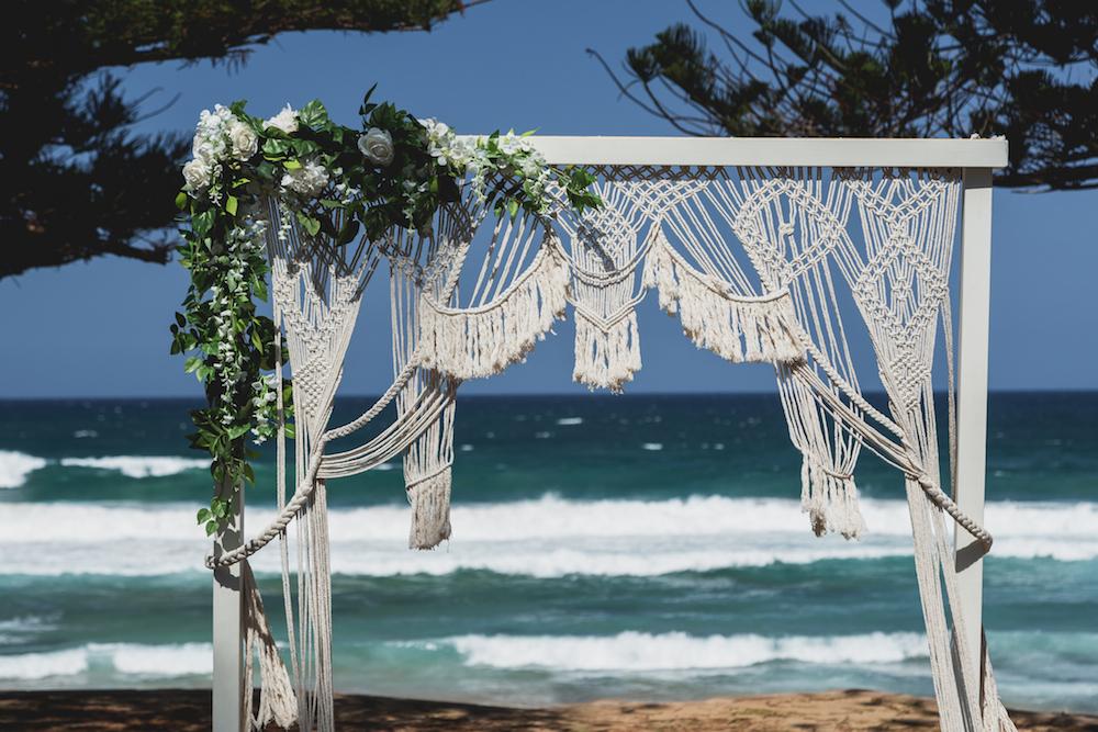 Macrame_Bridal_Arch_Boho_Beach_Inspiration_Wedding.jpg