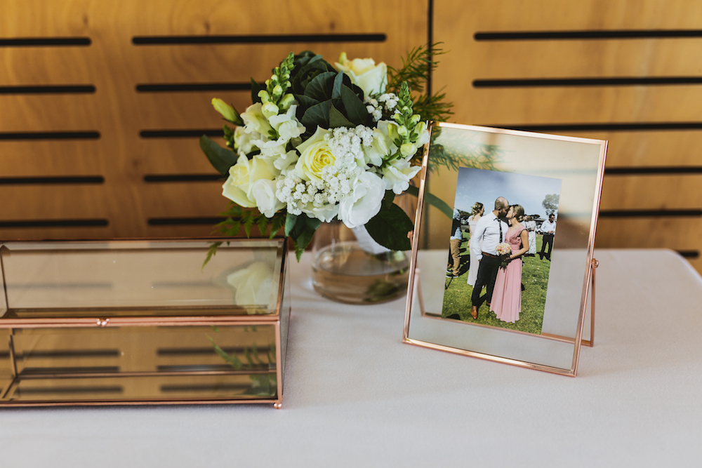 Cards_Gifts_Wedding_Table.jpg