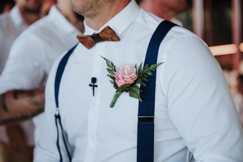 Wedding_Wooden_Bow_Tie_Groom_Inspiration.jpg