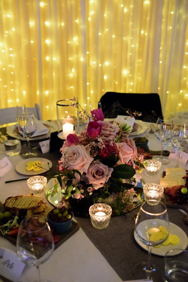 Wedding_Styling_Table_Fairy_Lights_Romantic_Cloud9Events.jpg