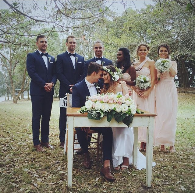 Marine_Wood_Signing_Table_Boho_Wedding.jpg