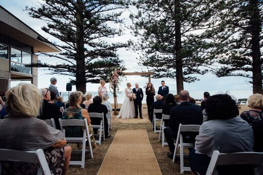 Rustic_Charm_Wedding_Cermeony_Avalon_ Beach_Hire.jpg