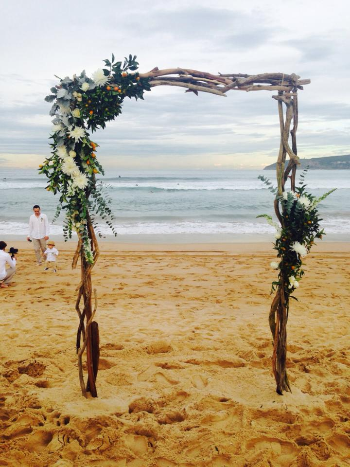 Driftwood_ Wedding_ceremony_arch_Northern_Beaches_Style.jpg