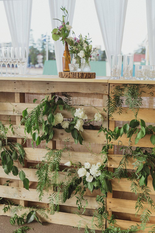 Pallet_Bar_Florals_Wedding_Event_Hire_Manly.jpg