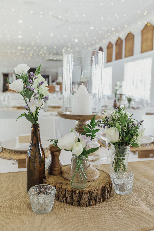 Rustic_Beach_Wedding_Table_Centrepiece_Ideas.jpg