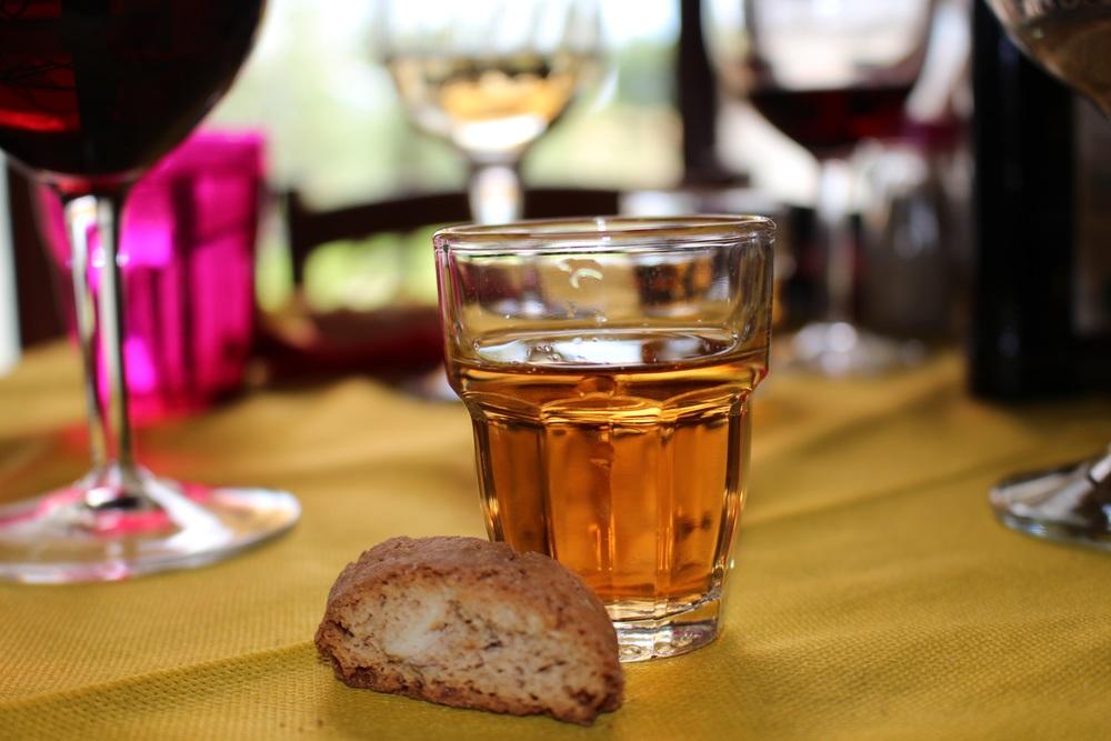 Dessert: almond cookies dipped in wine