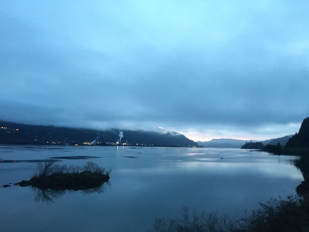 View of the Columbia River from the riverwalk behind our hotel