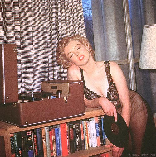 marylin monroe music2.jpg