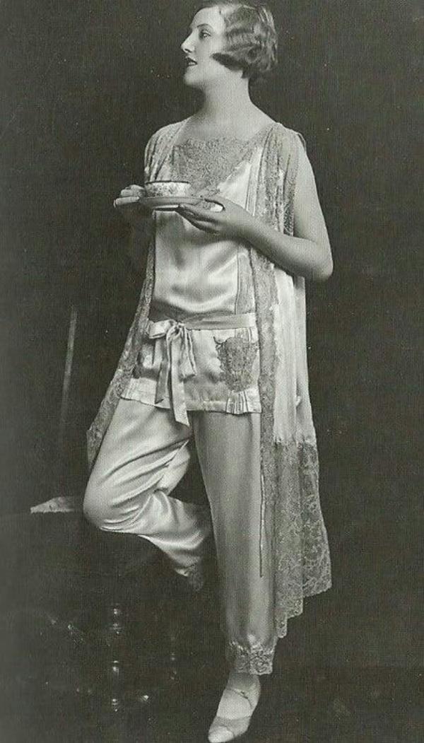 1920 pyjamas.jpg