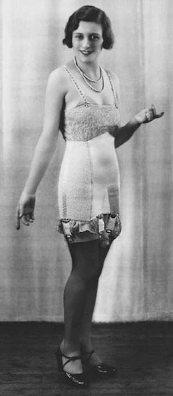 1920s corset.jpg