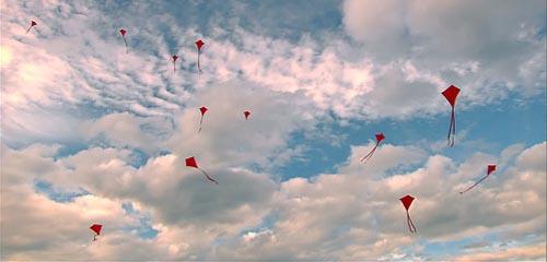 heima_kites.jpg