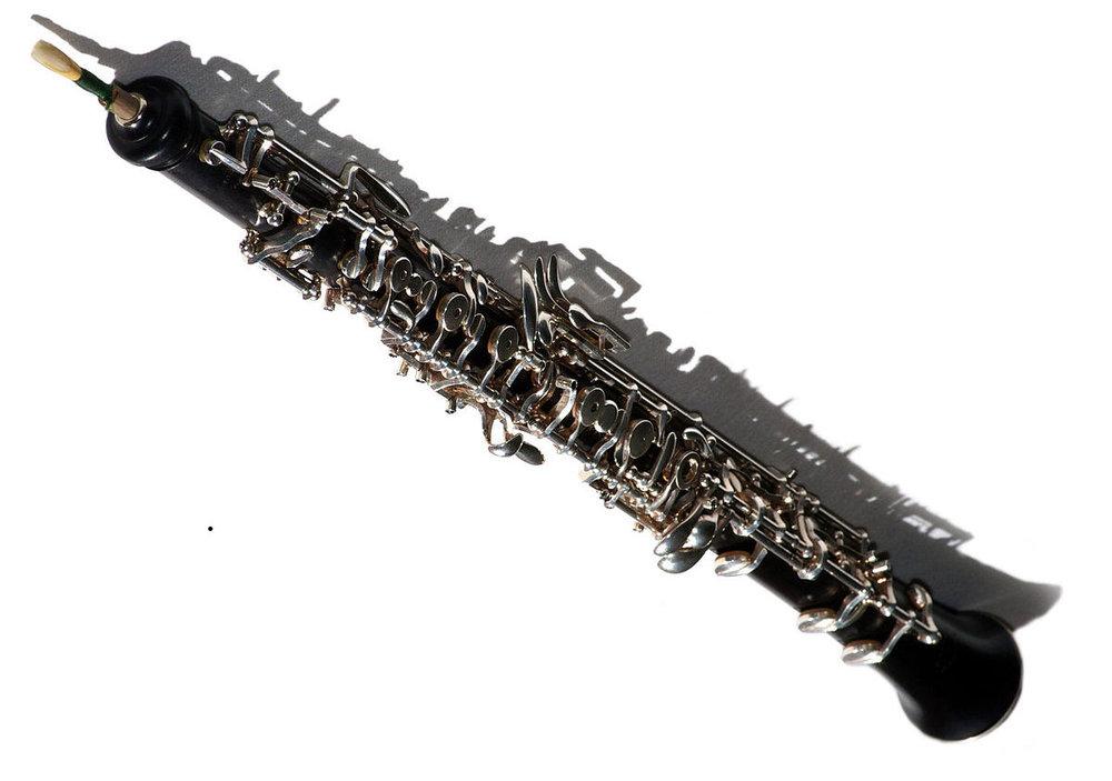 1200px-Oboe_modern.jpg