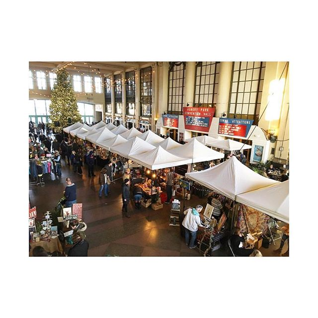 This is where we'll be on Saturday! We're teaching out  DIY Pyramid Dreamcatcher at 1pm at The Asbury Park Holiday Bazaar. There's a few spots left so come craft with us (make a great handmade gift) 🎁 Email to reserve your spot info@mysocialheirloom.com// $50 all supplies included 📸 @themarketasburypark