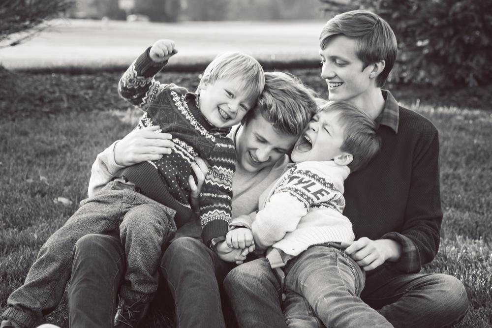 familyboysb&w (1 of 1)-4.jpg
