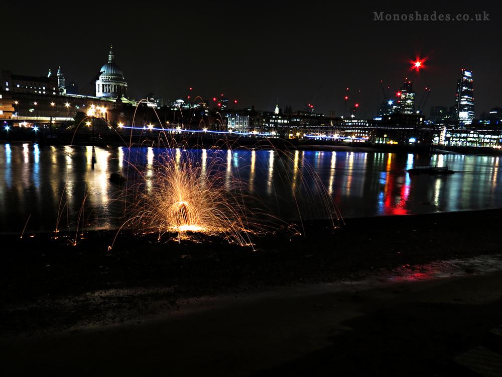 Steel Wool Spinning on the banks of the River Thames  ©Teresa Jambur