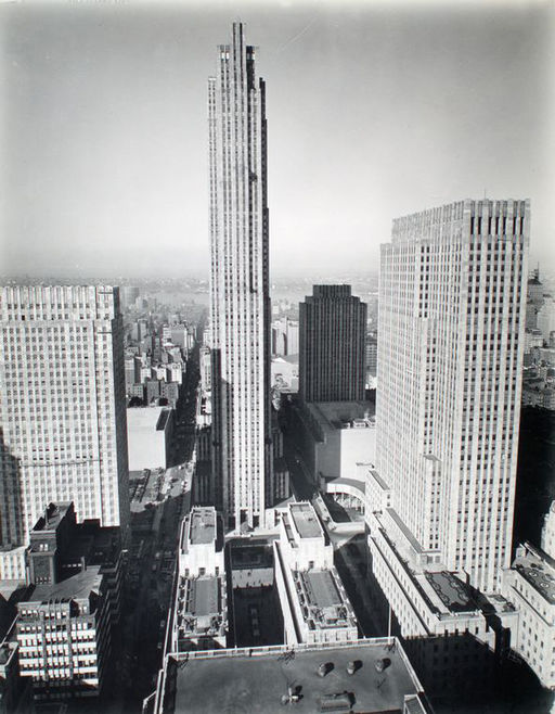 Rockefeller Center from 444 Madison Avenue in Manhattan in 1937   By Berenice Abbott [Public domain], via Wikimedia Commons