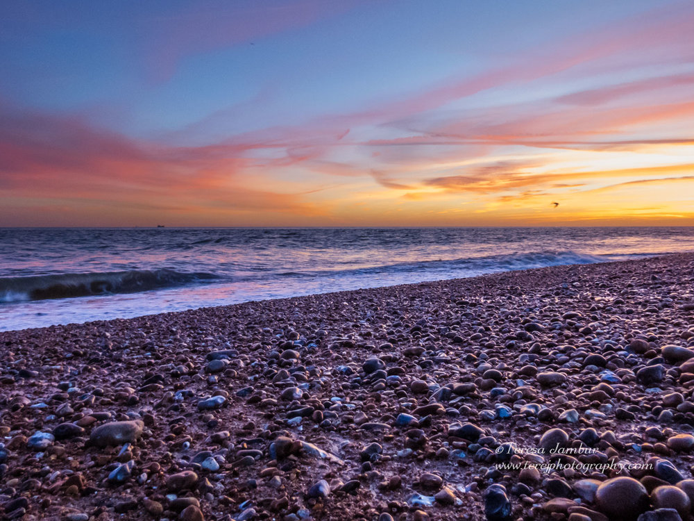 Dungeness-beach-sunset3.jpg