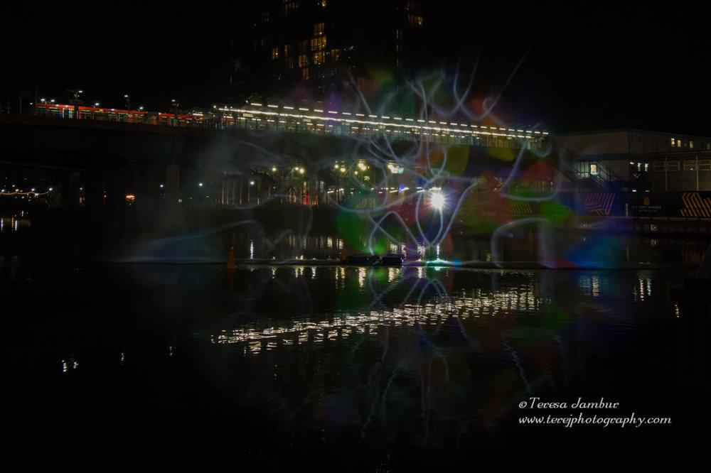 Canary-Wharf-Winter_lights-2017-Water_Wall-3.jpg