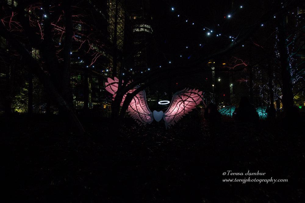 Canary-Wharf-Winter_lights-2017-Angels-of-Freedom-3.jpg