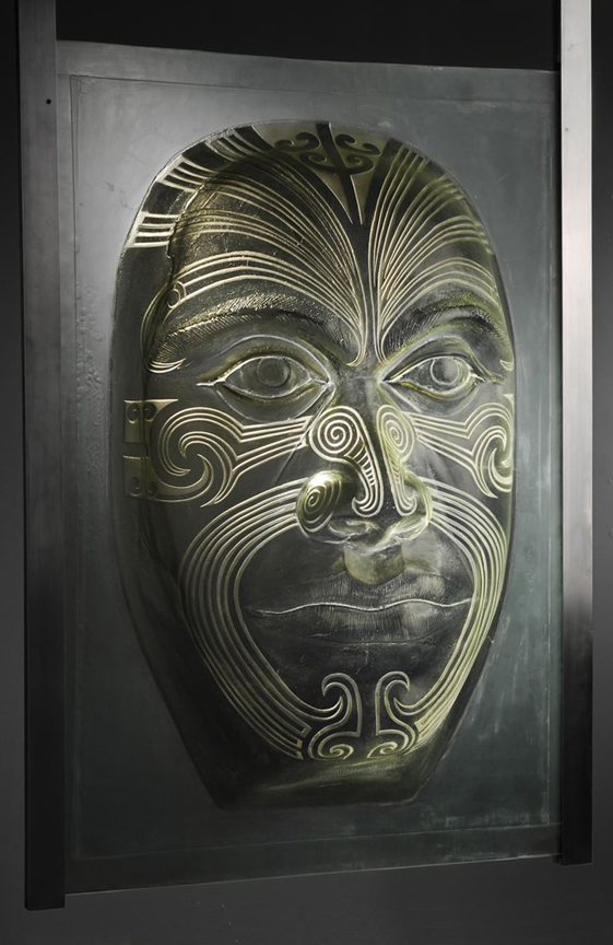 MAORI MOKO Mold cast glass