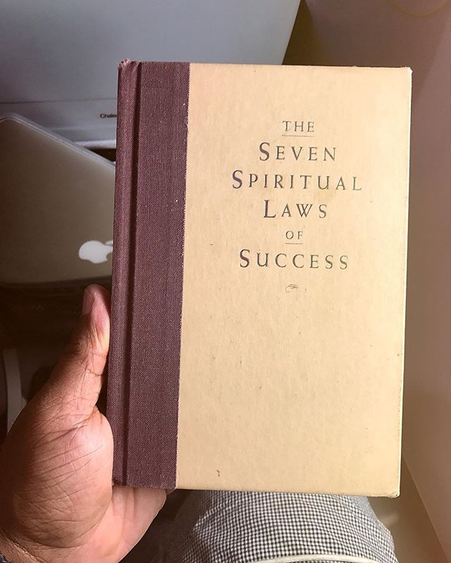 In Flight Entertainment. #sevenspirituallawsofsuccess #deepakchoprah