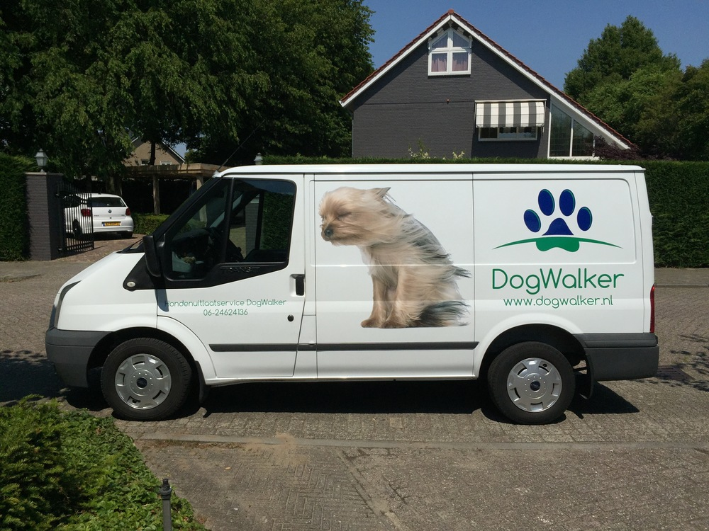 De DogWalker Bus
