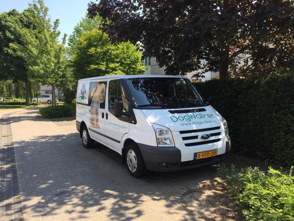 De bus onderweg voor uitlaatservice Rosmalen, Den Bosch en omgeving