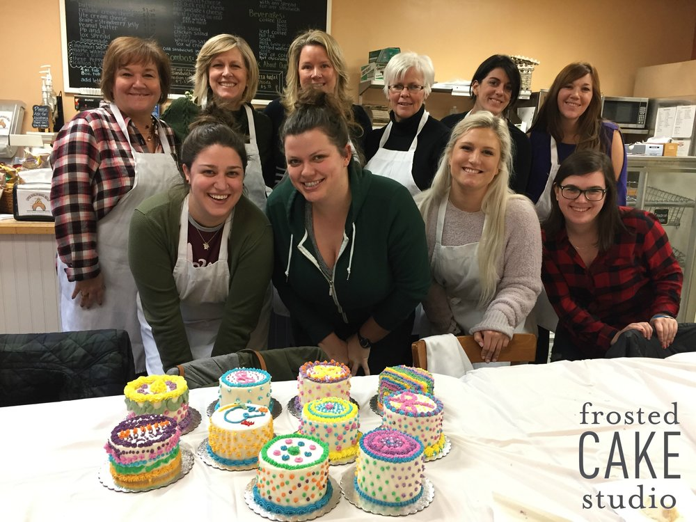 FrostedCakeStudio private cake decorating party.jpg