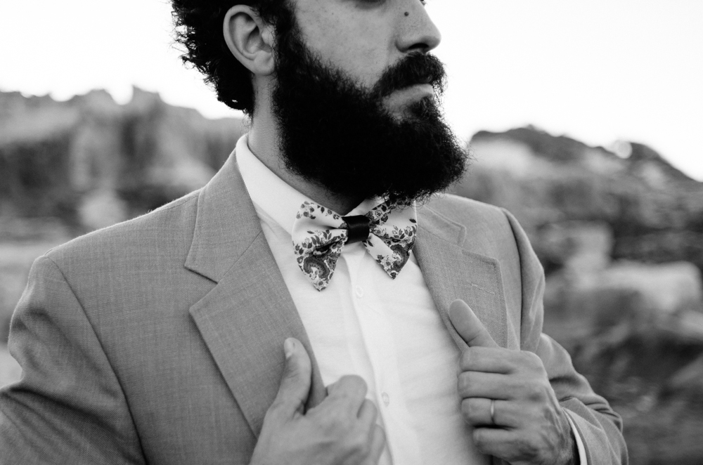 Produção: BorboletasByLis  Gravatas e suspensório: BorboletasByLis  Paletós e camisas: acervo