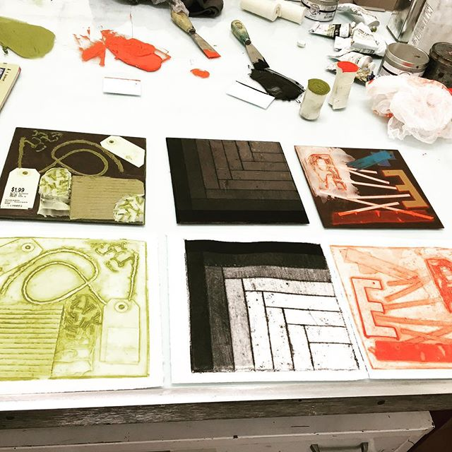 Collagraph Printmaking Workshop- Sunday June 3rd + Sunday June 10th @pacificartleague Spaces still available for this fun & experimental workshop. Come make some prints! Enrollment link in bio. #printmaking #collagraph #paloalto