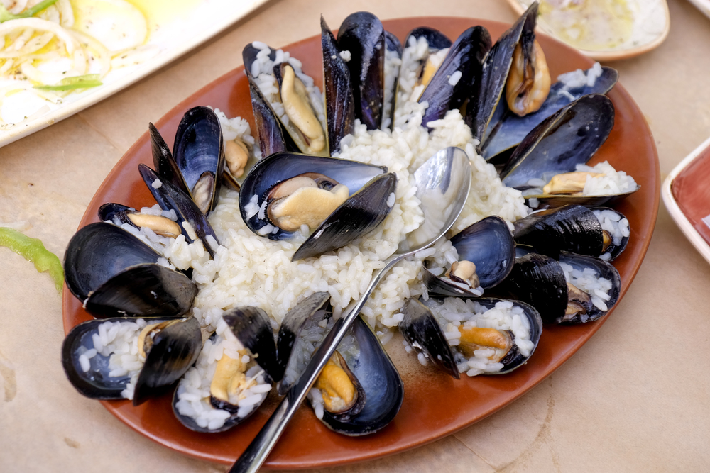 mussels taste like the sea at avli restaurant corfu