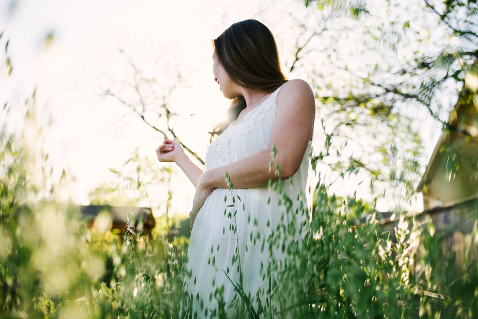 Mae Burke Motherhood Photographer Howard Family Maternity-5.jpg