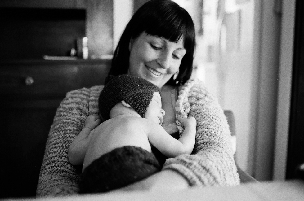 Mae Burke Motherhood Photographer Everyday Moments on Film-19.JPG