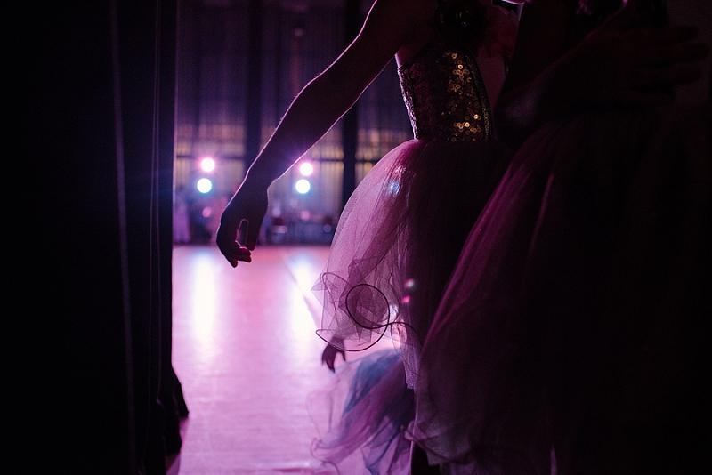 Mae Burke Motherhood Photographer First Ballet Recital_0109.jpg