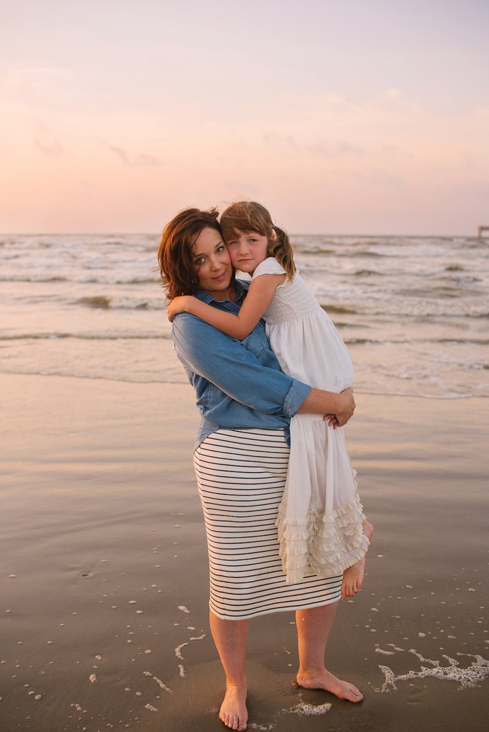 Mae Burke Motherhood Photographer Family Session at the Beach-19.JPG
