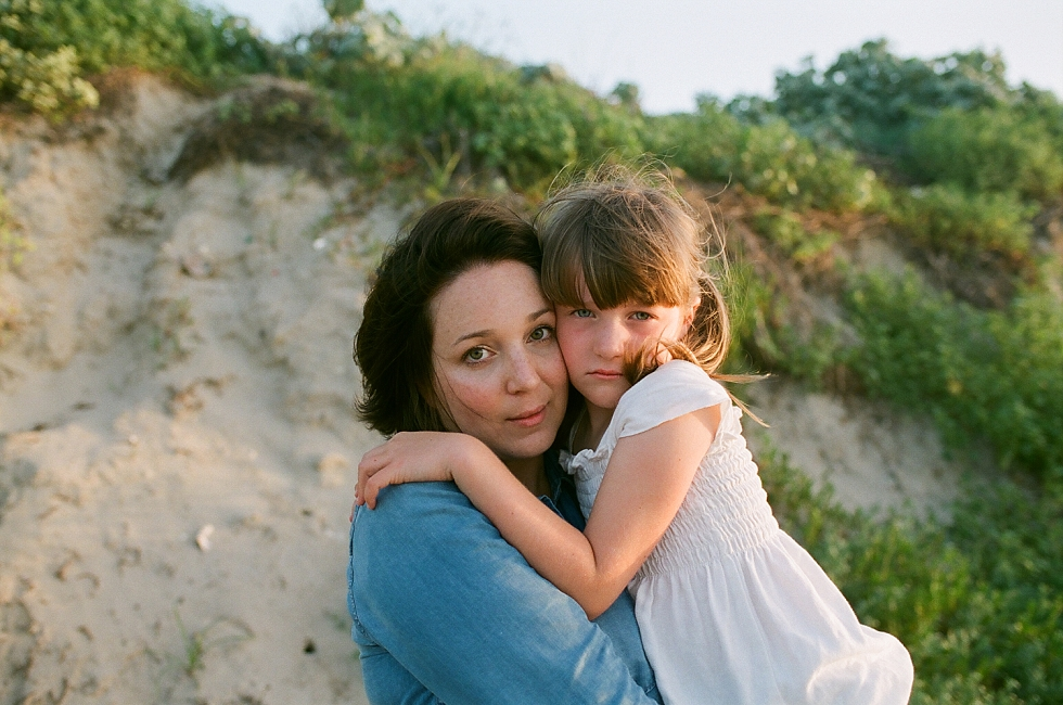 Mae Burke Motherhood Photographer Mother and Daughter at the beach-5.JPG