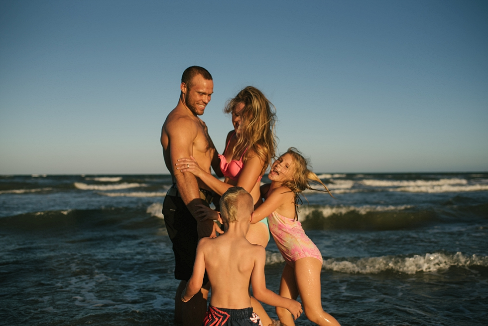 Mae Burke Motherhood Photographer Crossfit Family in Portaransas_0030.jpg