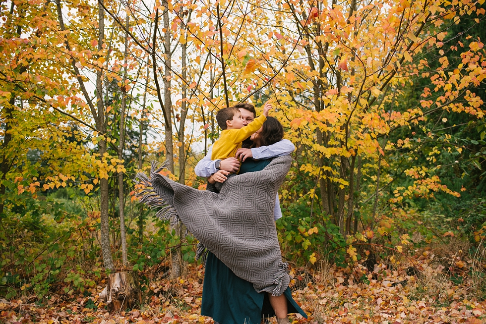 Mae Burke Fall Seattle Maternity Session in Discovery Park-24.JPG
